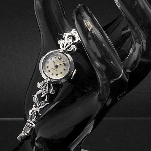 グリュエン コンチネンタル デザインラグ スモールラウンドケース 10KGF レディースアンティークウオッチ